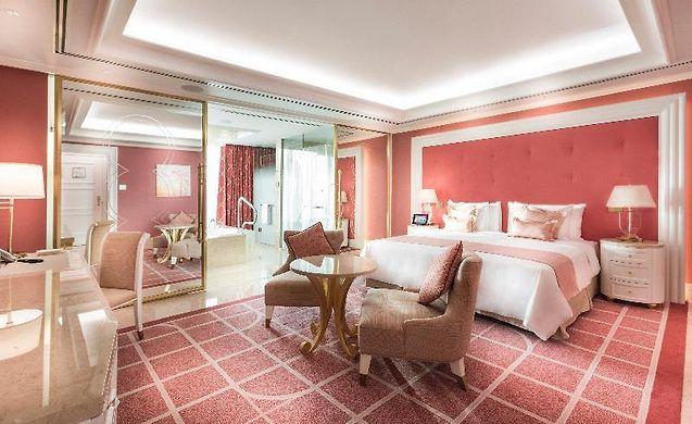 http://okada.hotels-manila.com/data/Photos/Big3/4914/491441/491441013.JPEG